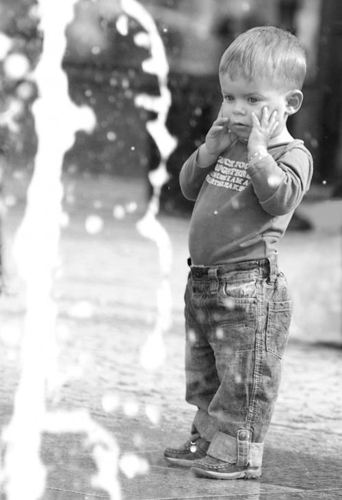 Alex #dziecko #fontanna
