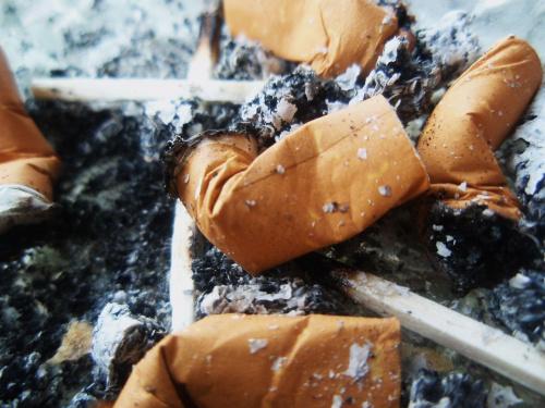 #pety #papierosy #szlugi #zapalki #popiol
