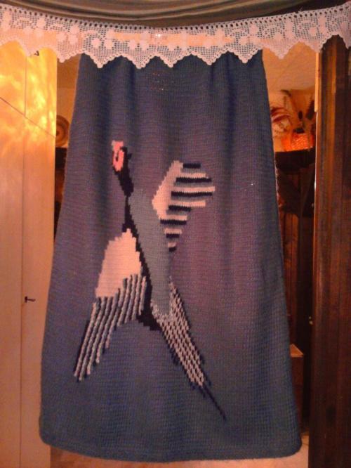 tył długiej spódnicy z bażantem #druty #spódnica