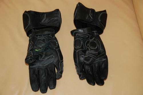 Rękawice #RękawiceMotona
