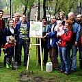 Akcja sadzenia drzew - 1 maja 2010, foto. Jan Kołodziej #Kochłowice #GeniusLoci