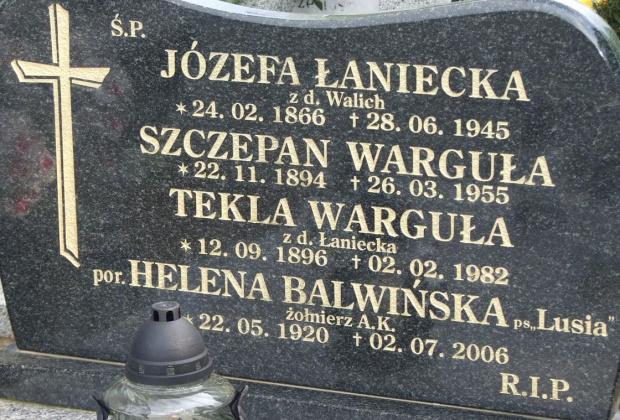 """Żołnierz AK pochowany na cmentarzach świata H. Balwińska """"Lusia""""."""