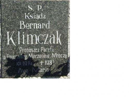 ks. proboszcz Bernard Klimczak 1914-1981 Gniezno cm. ul. Witkowska część parafii sw. Wawrzyniec