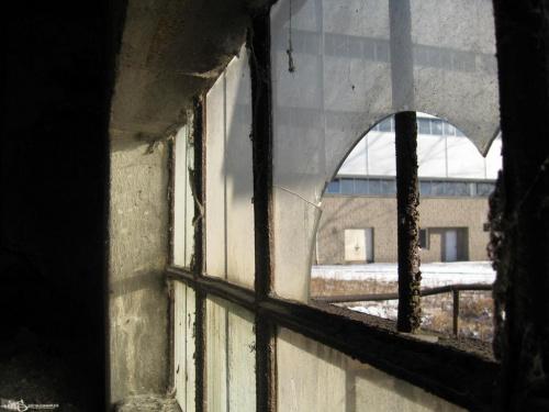 #okno #szyba #StaryBudynek #OpuszczonyBudynek