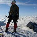 Chmury pod stopami na szczycie Weissmies #wakacje #góry #Alpy #lodowiec #treking #Szwajcaria #szczyt #Weissmies
